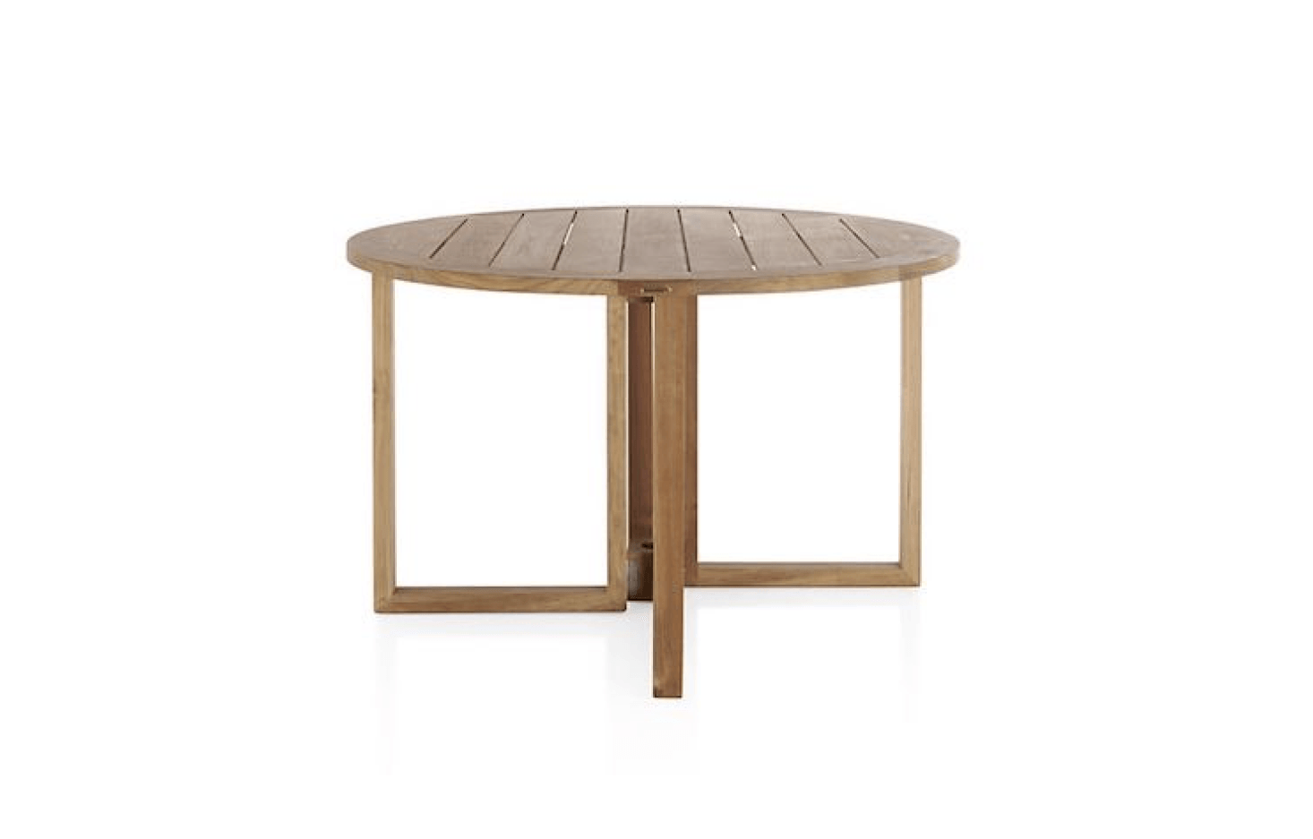 10 easy pieces round wood dining tables gardenista. Black Bedroom Furniture Sets. Home Design Ideas