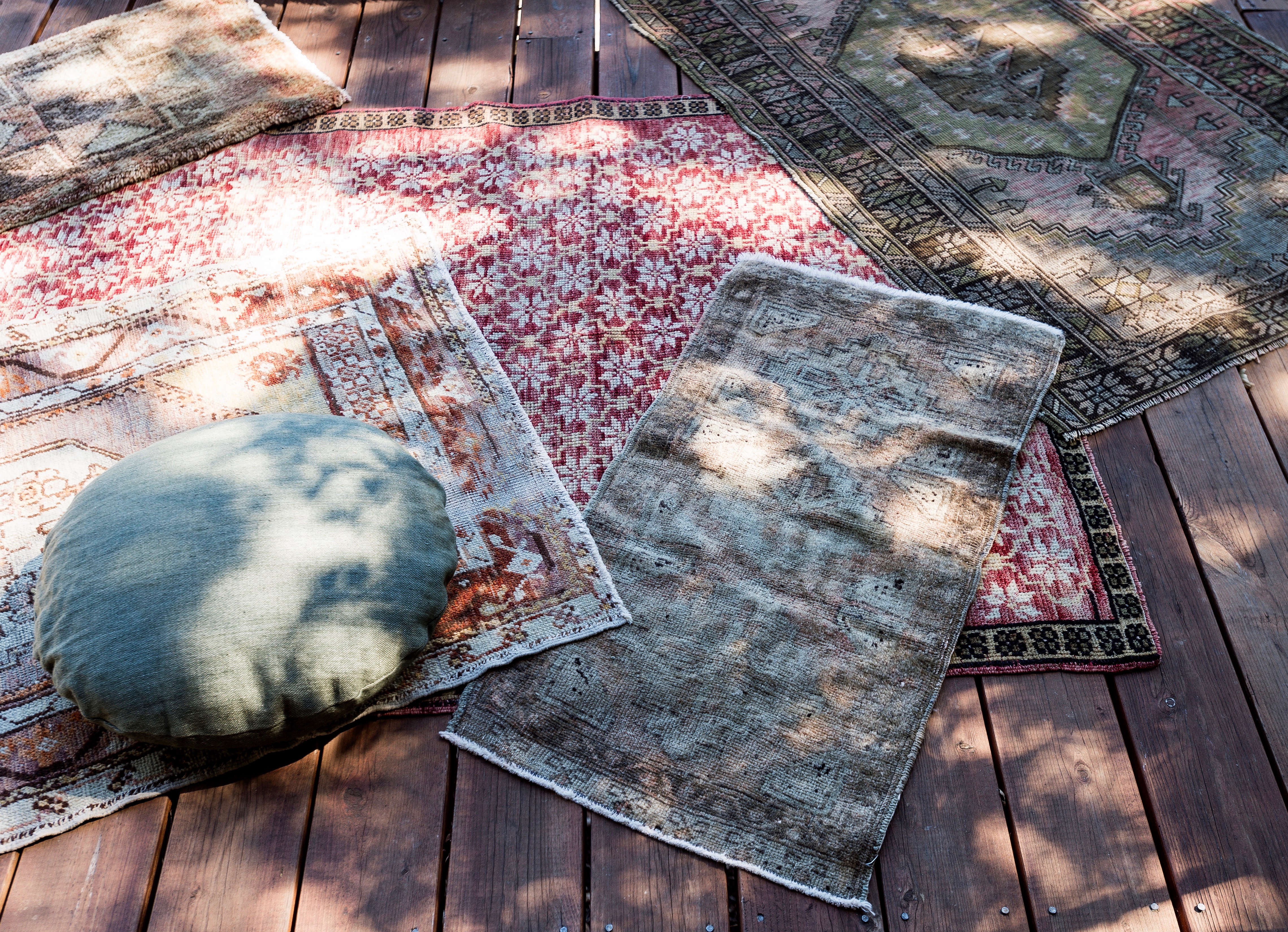 5 Favorites Carpets in Outdoor Spaces Gardenista