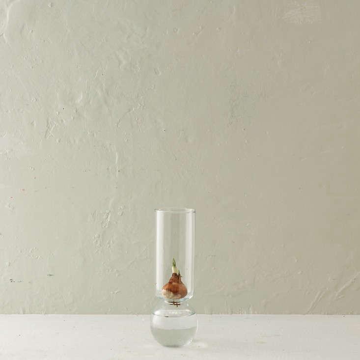 10 Easy Pieces Simple Glass Vases Under 30 Gardenista