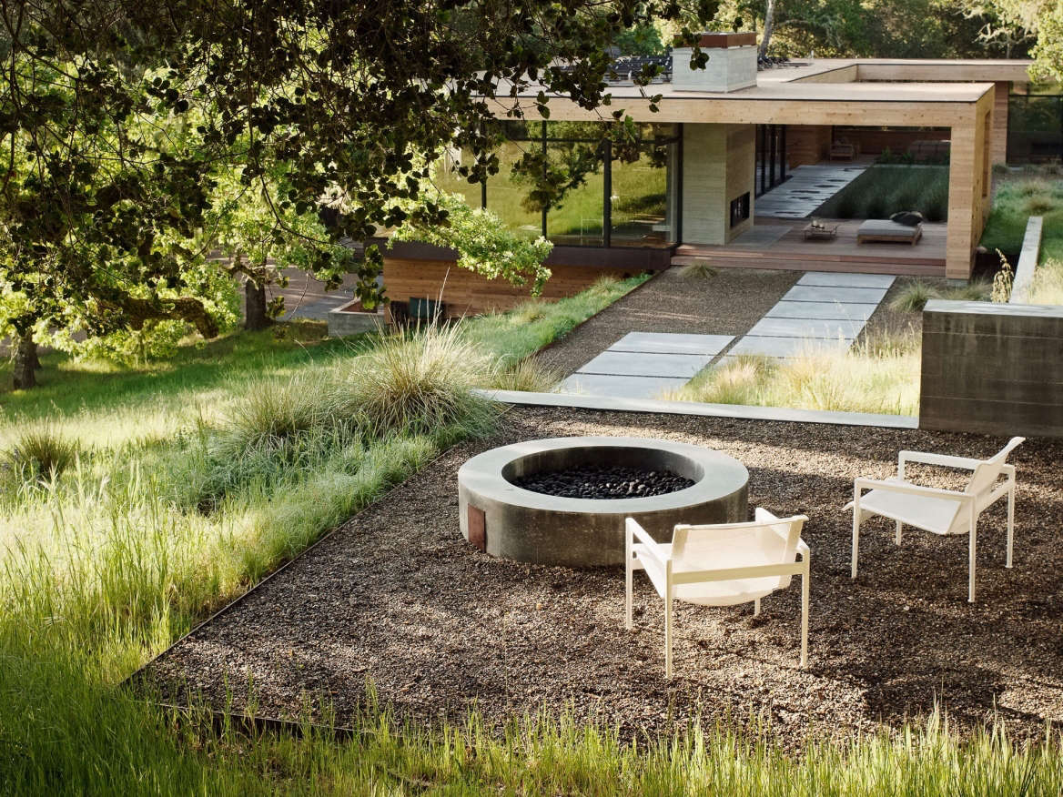 browse fire pits gardenista