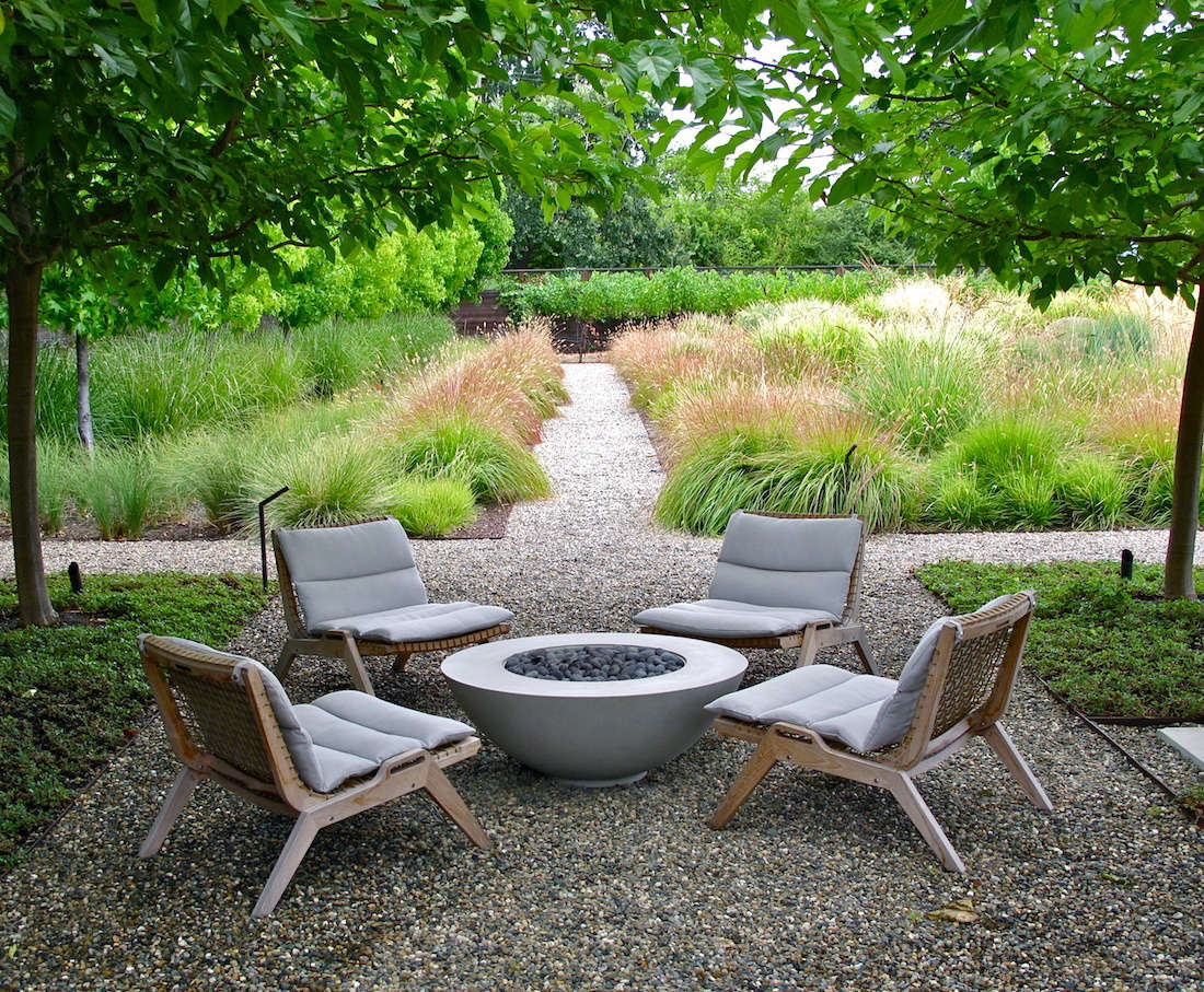 Landscaping Ideas: 10 Fire Pits, for an Instant Outdoor ...