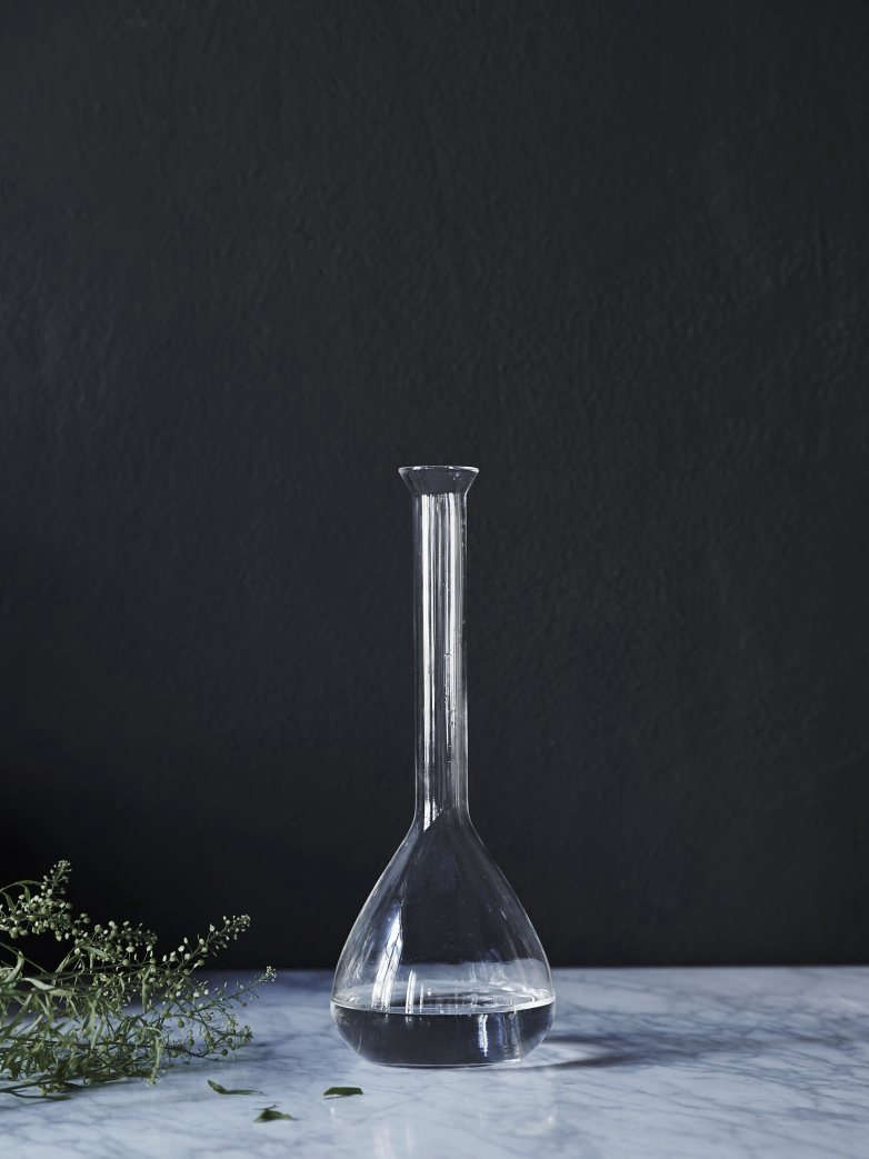 A Glass Jekyll Vase Is 249 SEK From Artilleriet.