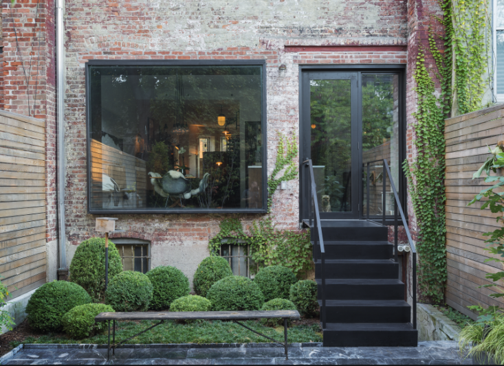The Cult Of The Courtyard 10 Backyard Ideas For Small Spaces