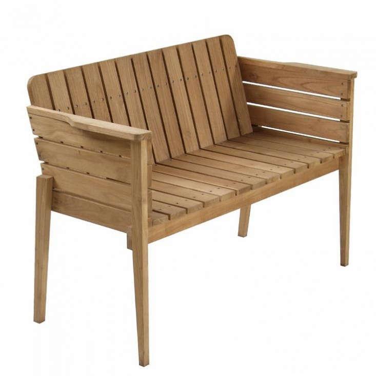 Piet Hein Eek Wooden Garden Bench Gardenista_0 733x733