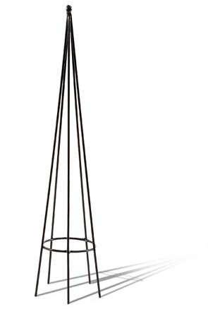 Patio_Obelisks 295x438