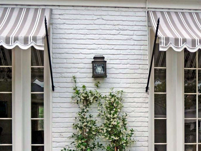 10 Easy Pieces Window Awnings Gardenista