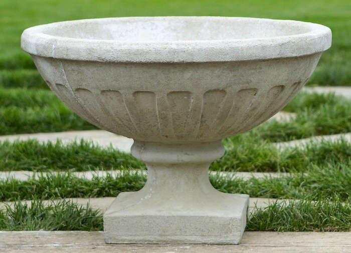 10 Easy Pieces: Garden Urns