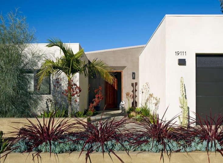 Garden Visit Drought Tolerant In Southern California Gardenista