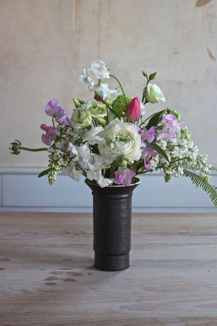 Diy Flowers 11 Easy Winter Floral Arrangements Gardenista