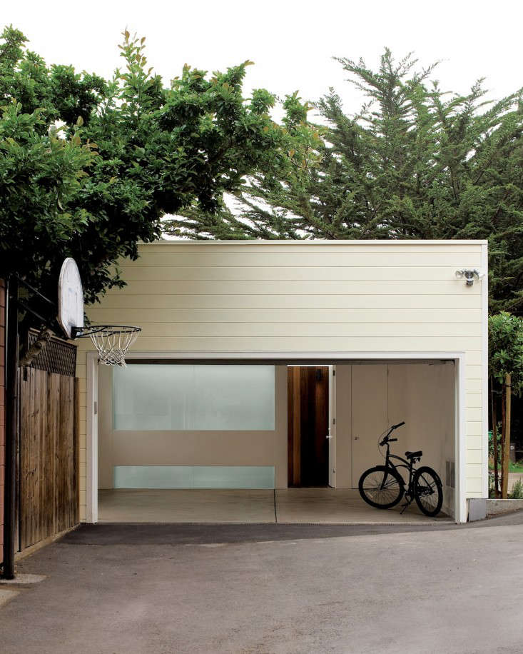 20 Modern Attached Garage Design Ideas With Pictures: Architect Visit: Cary Bernstein Resurrects A Circa 1908