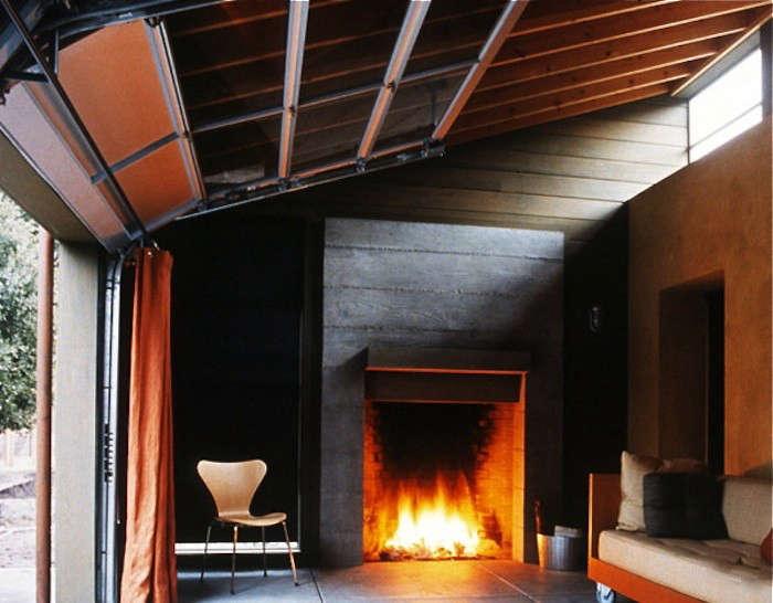 Architectural Element: 7 Retractable Garage Doors