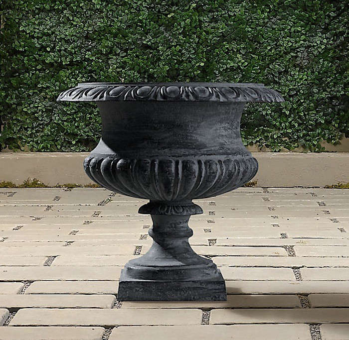 10 Easy Pieces: Garden Urns
