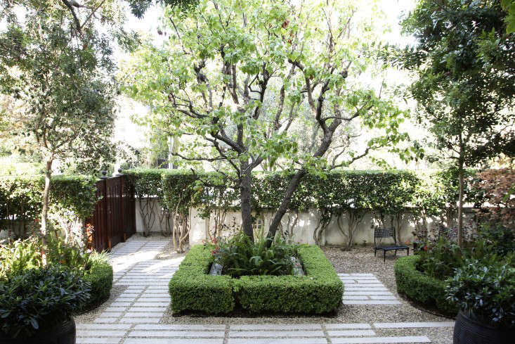 Gravel: 10 Drainage Ideas to Steal for a Landscape