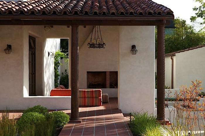 Relatively Hardscaping 101: Clay Roof Tiles - Gardenista IG77
