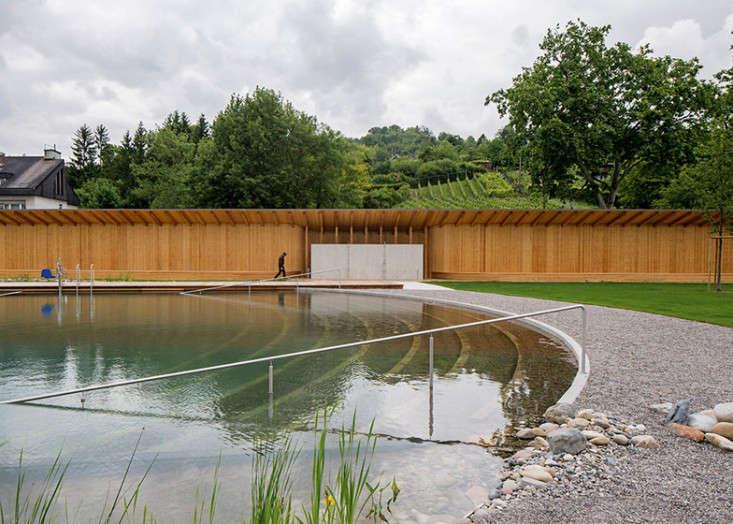 biofiltered-pool-herzog-and-de-meuron-switzerland-gardenista