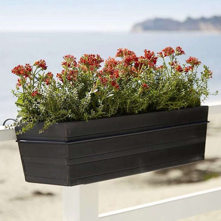 10 easy pieces black balcony box planters - Railing Planters