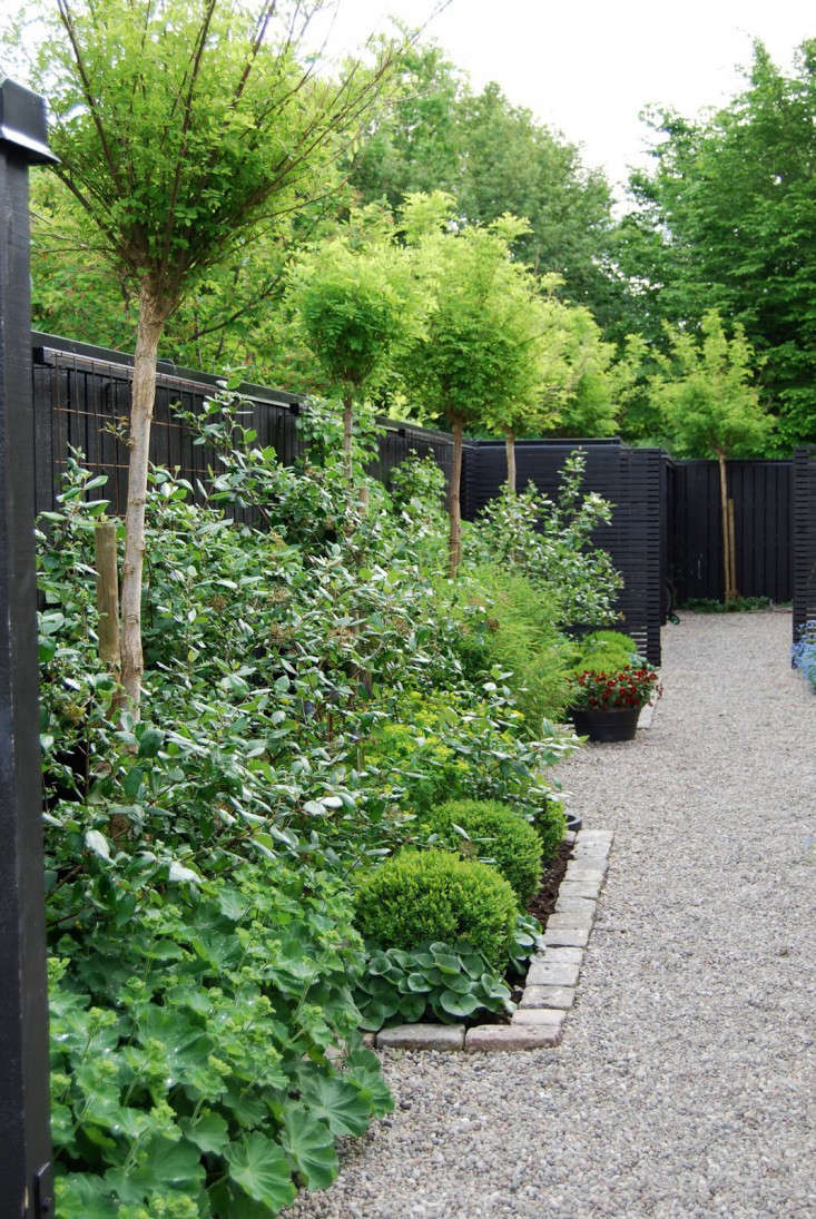 Superbe Black Fence Almbacken