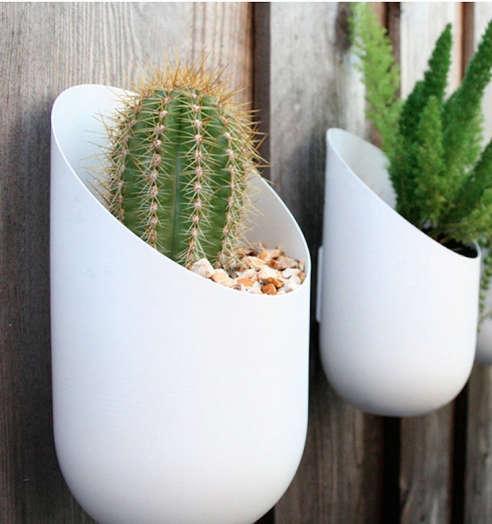 Outdoor / Indoor Wall Planter