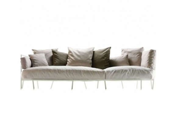 Dehors Sofa. Alias Design