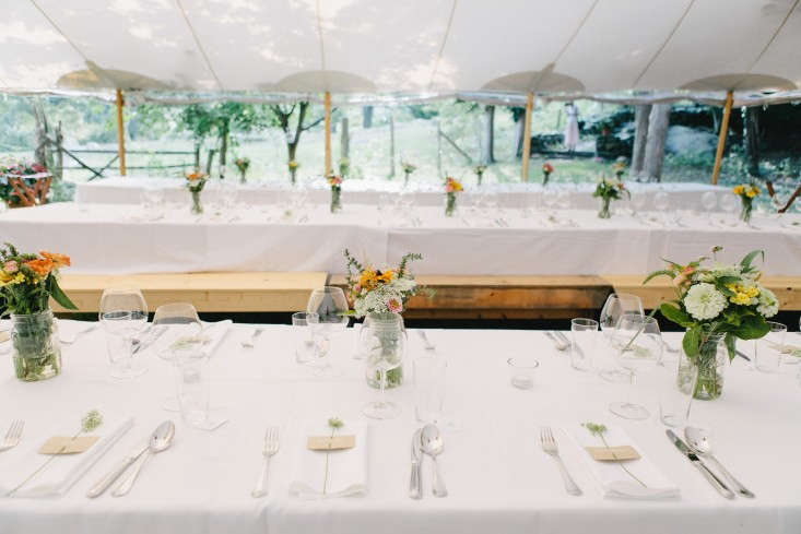 How To Plan An Outdoor Wedding 10 Planning Mistakes: Marry Me: 10 Tips To Plan A Simple Outdoor Wedding