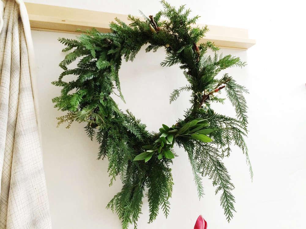 Wreath Party 12 Favorite Florists Holiday Decor Workshops Gardenista