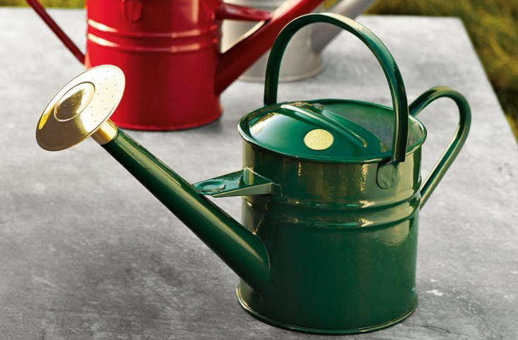 10 easy pieces garden watering cans gardenista - Garden Watering Can