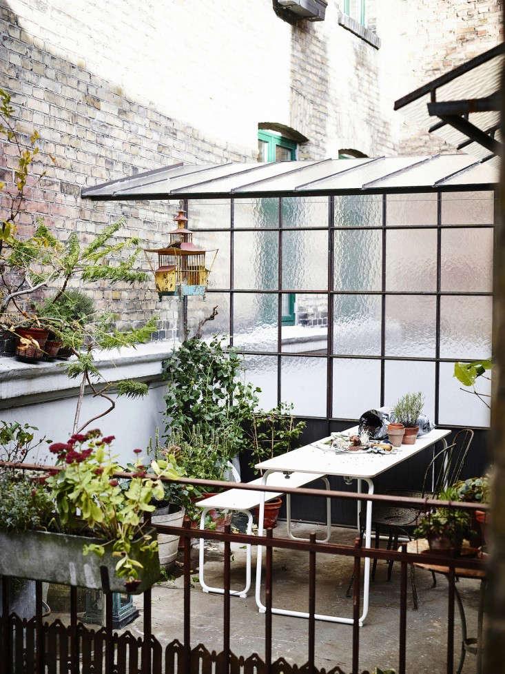 The Gardenista 100 Biergarten Tables Gardenista