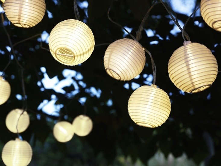 Outdoor Lights String Best 60 Easy Pieces CafeStyle Outdoor String Lights Gardenista