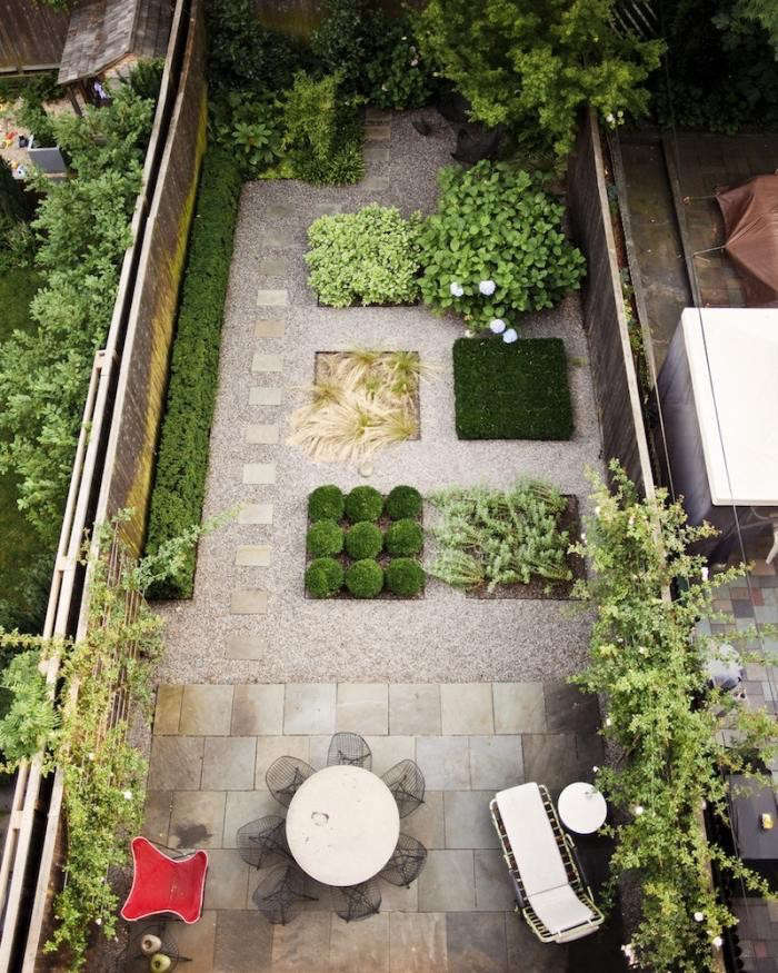 Pea Gravel Patio Brooklyn Townhouse Backyard Garden Gardenista