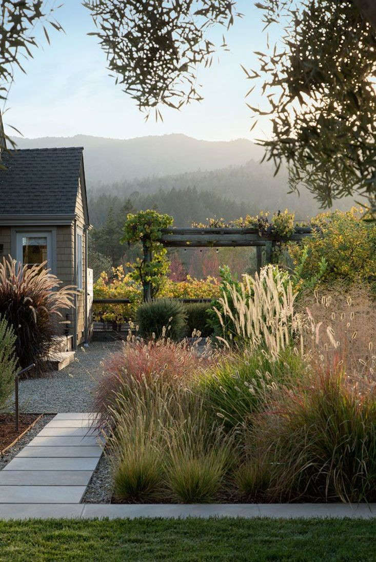 Dream Landscapes: 10 Perennial Gardens Inspired by Piet Oudolf ... on prairie interior design, prairie vodka, prairie chicken dance, prairie design build, prairie garden design, prairie planting design, prairie style design, prairie grass trail, prairie background, rain garden design, prairie glass design, prairie school design, prairie fence design, prairie woman, prairie house design,