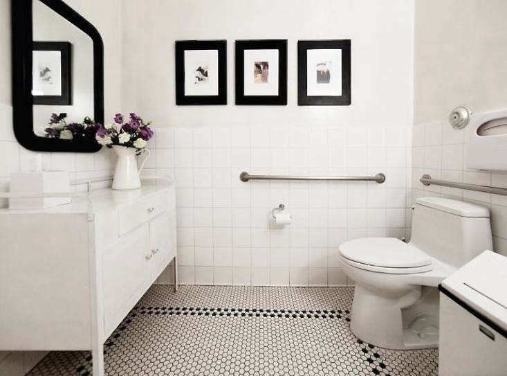 Steal This Look: A Dash of Purple for a Black and White Powder Room ...