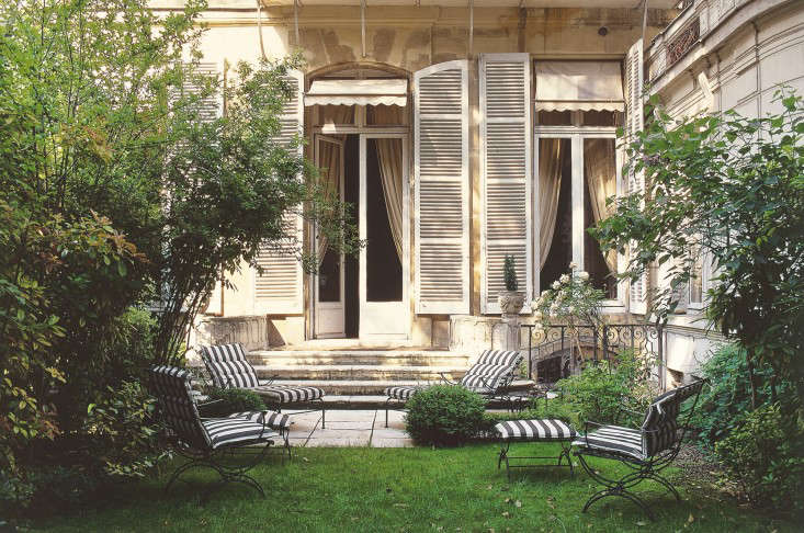 Required Reading Private Gardens Of Paris Gardenista