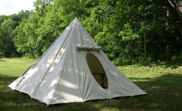Above A Pyramid Tent comes in four colors (white tan suntan and gray) and has a skeleton of reinforcement webbing to prevent sagging. & 10 Easy Pieces: Canvas Teepee Tents - Gardenista
