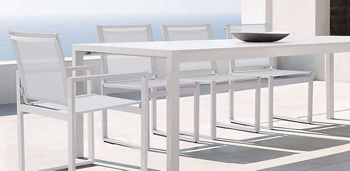 10 easy pieces white outdoor dining tables gardenista for Restoration hardware outdoor dining