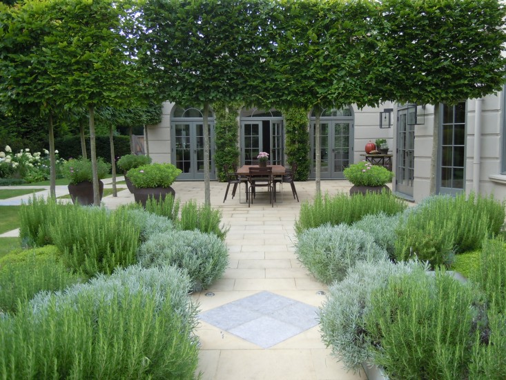 Landscape Architect Visit: A Refined Kitchen Garden By Richard Miers