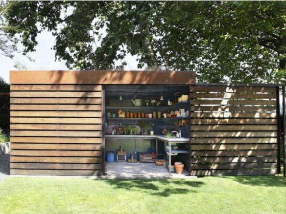 Hardscaping 101: Garden Sheds