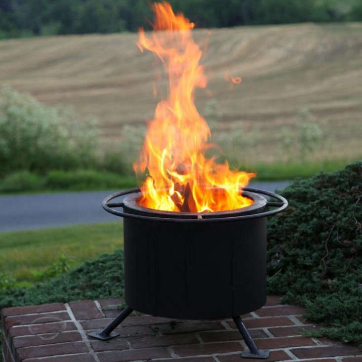 Genial Above: A Compact 15 Inch Smokeless Wood Burning Fire Pit Has Double Steel  Walls To Capture Smoke And Ignite It Before It Escapes. It Weighs 46 Pounds  And Is ...