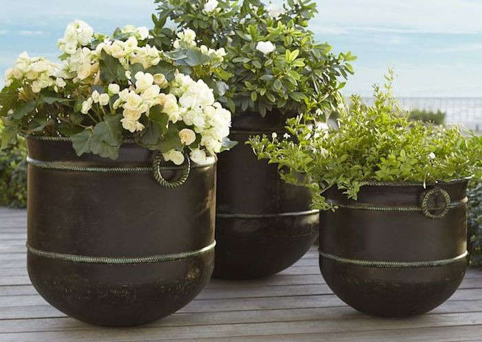 10 easy pieces bronze garden planters gardenista workwithnaturefo