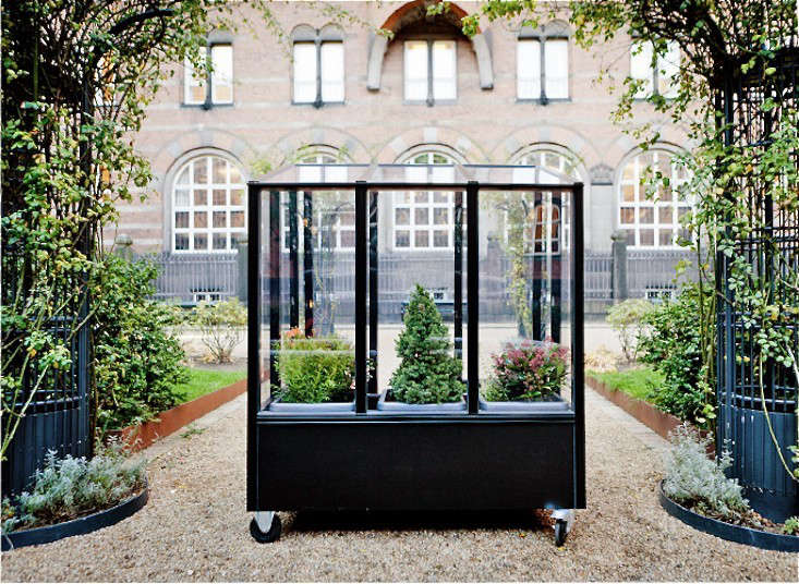 Astonishing Small Space Gardening A Tiny Greenhouse On Wheels Gardenista Home Interior And Landscaping Ologienasavecom