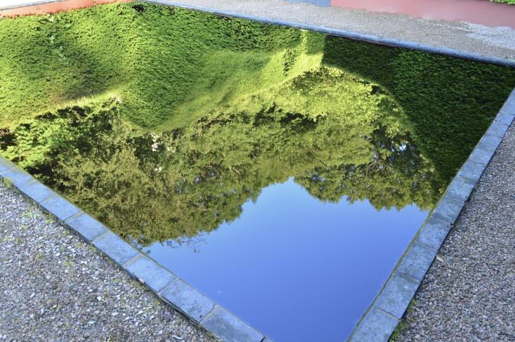 veddw-wales3-black-dye-pool-gardenista
