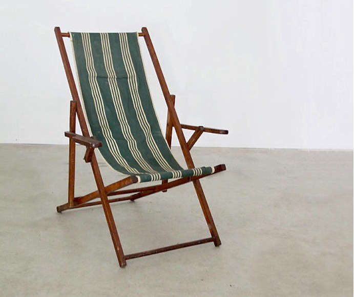 10 Easy Pieces: Folding Deck Chairs