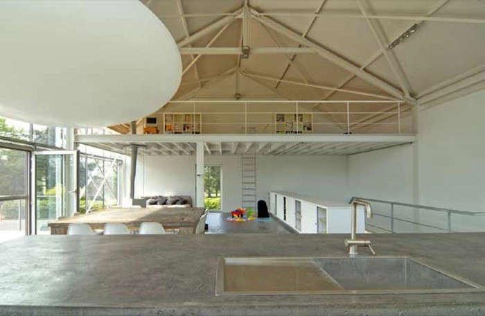 Architect Visit Verdickt Verdickt S Minimalist Greenhouse In The
