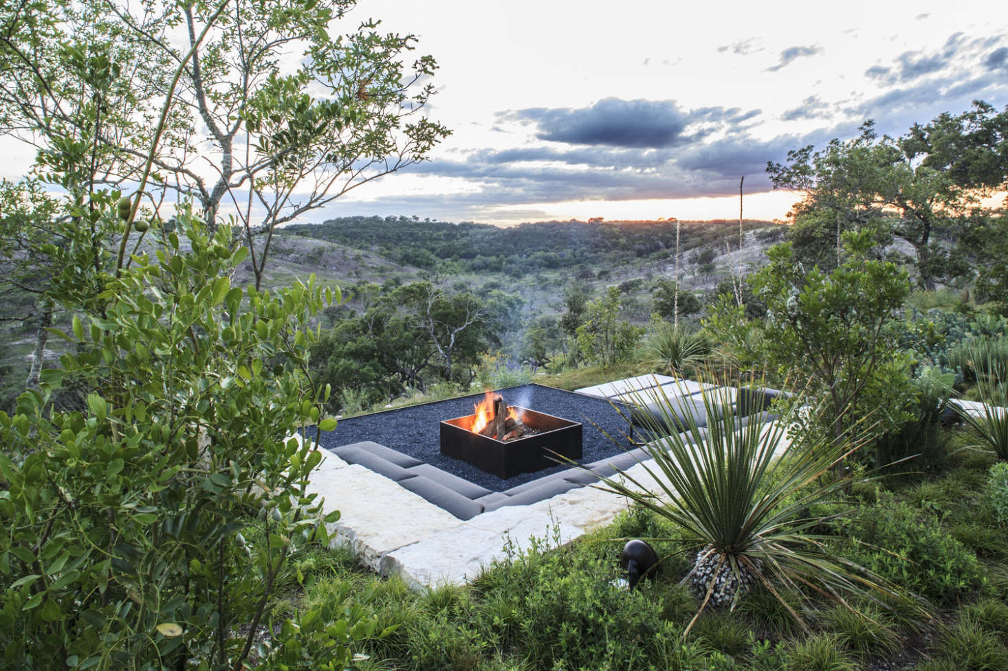 Landscaping Ideas 10 Fire Pits For An Instant Outdoor