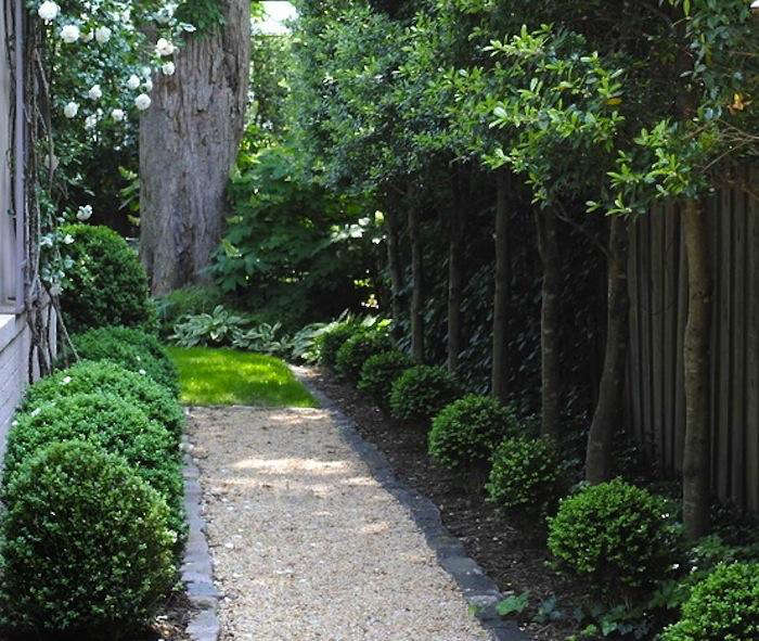 Design Sleuth: An Elegant Gravel Path - Gardenista