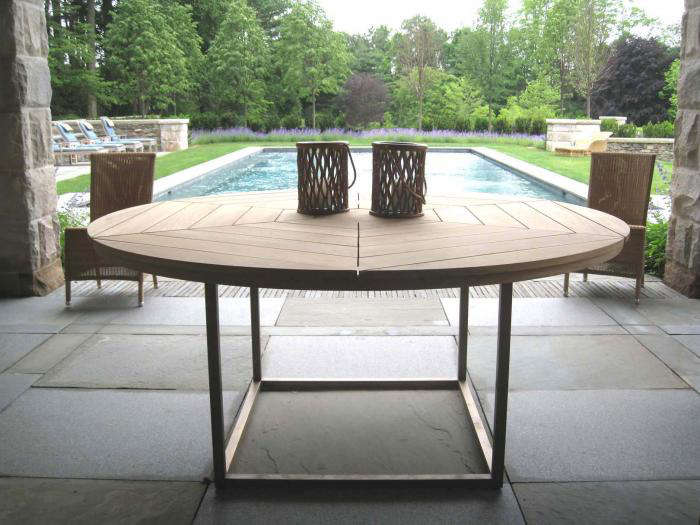Easy Pieces Round Wooden Dining Tables Gardenista - 52 inch round outdoor dining table