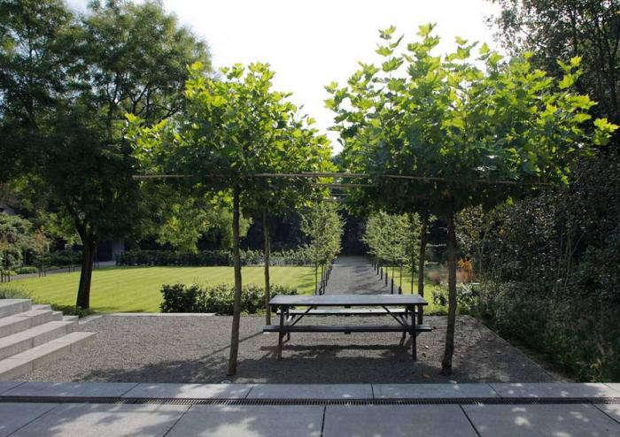 A Classical Approach To A Mod Minimalist Dutch Garden Gardenista