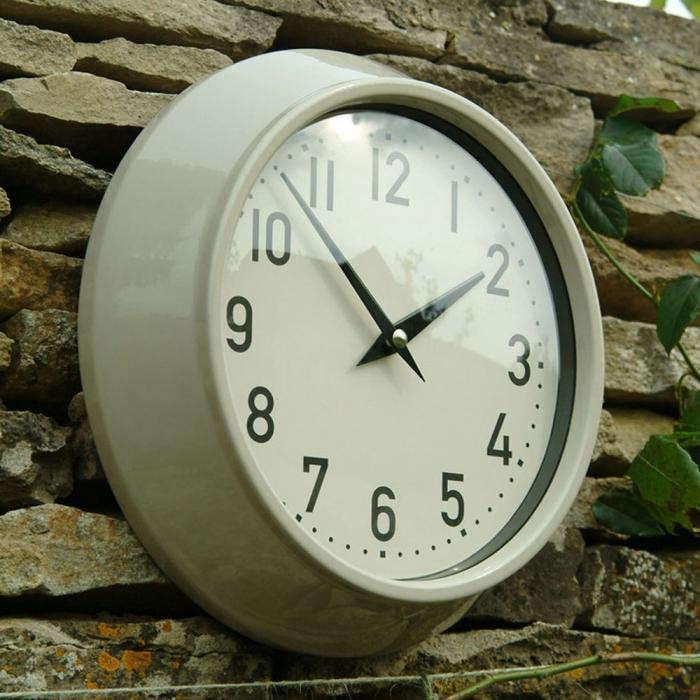 10 Easy Pieces: Outdoor Clocks