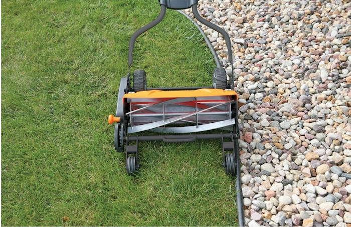 Clean Mowing Reel Mower Roundup Gardenista