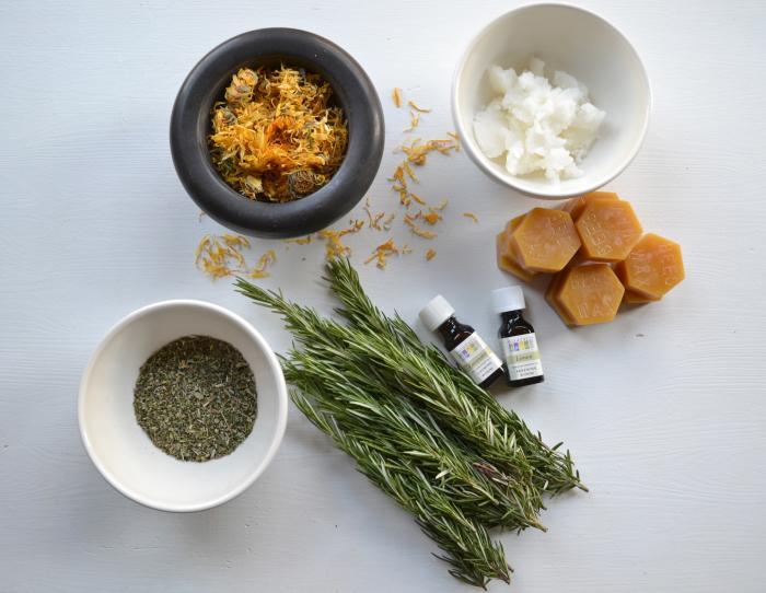 主要的……柠檬菜,柠檬风味,香菇,香菇,香菇,香梨,香草和橄榄油,香草。
