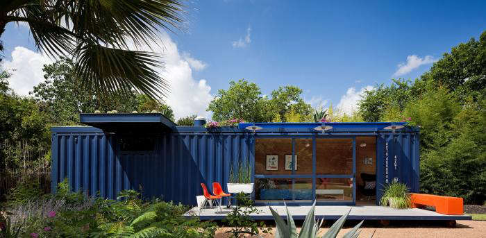 Above: The Architects Maintained The Original Color Of The Container;  Anything That Was Added (the Steel Frame For The Rooftop Garden, For  Instance) Was ...